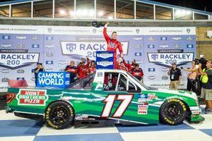 Race winner Ryan Preece, Team DGR, Ford F-150 Hunt Brothers Pizza