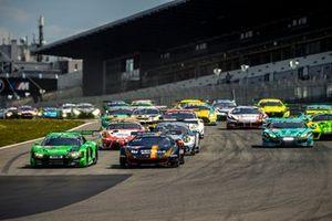 Start zum Qualifikationsrennen für die 24h Nürburgring 2021