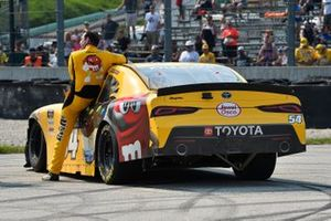 Race winner Kyle Busch, Joe Gibbs Racing, Toyota Supra M&M's Ice Cream