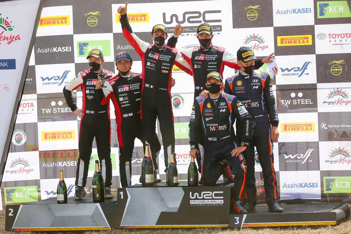 Podio: Ganador Sébastien Ogier, Julien Ingrassia, Toyota Gazoo Racing WRT Toyota Yaris WRC, segundo lugar Takamoto Katsuta, Daniel Barritt, Toyota Gazoo Racing WRT Toyota Yaris WRC, tercer lugar Ott Tänak, Martin Järveoja, Hyundai Motorsport Hyundai i20 Coupe WRC.