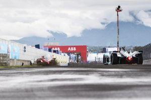 Sergio Sette Camara, Dragon Penske Autosport, Penske EV-5 spins off