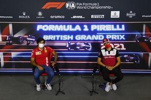 Carlos Sainz Jr., Ferrari, and Antonio Giovinazzi, Alfa Romeo Racing, in the press conference
