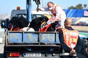 Moto de Marc Márquez, Repsol Honda Team, después de la caída