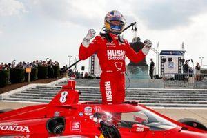 Победитель гонки Маркус Эрикссон, Chip Ganassi Racing Honda