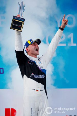 Maximilian Guenther, BMW I Andretti Motorsport, first position, celebrates on the podium