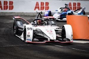 Pascal Wehrlein, Porsche, Porsche 99X Electric, Maximilian Gunther, BMW i Andretti Motorsport, BMW iFE.21