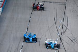 Scott McLaughlin, Team Penske Chevrolet, Alex Palou, Chip Ganassi Racing Honda