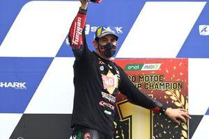 Podium: Champion Jordi Torres, Pons Racing 40