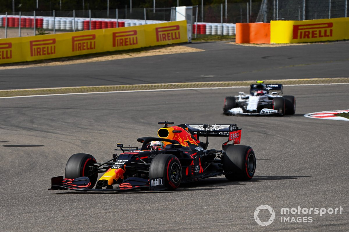 Max Verstappen, Red Bull Racing RB16, Pierre Gasly, AlphaTauri AT01