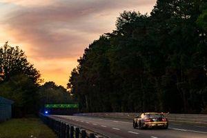 #89 Team Project 1 Porsche 911 RSR: