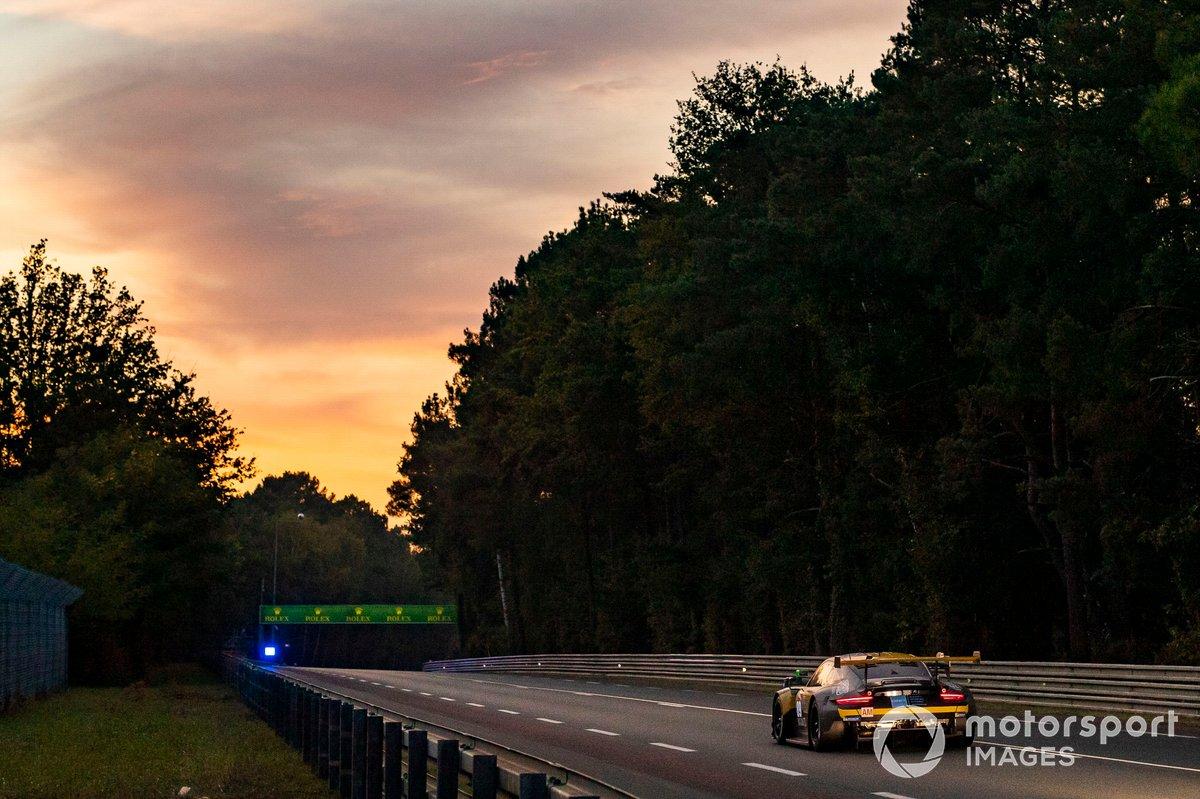 "#89 Team Project 1 Porsche 911 RSR: ""Steve Brooks"", Benoît Frétin, Bruno Frétin"