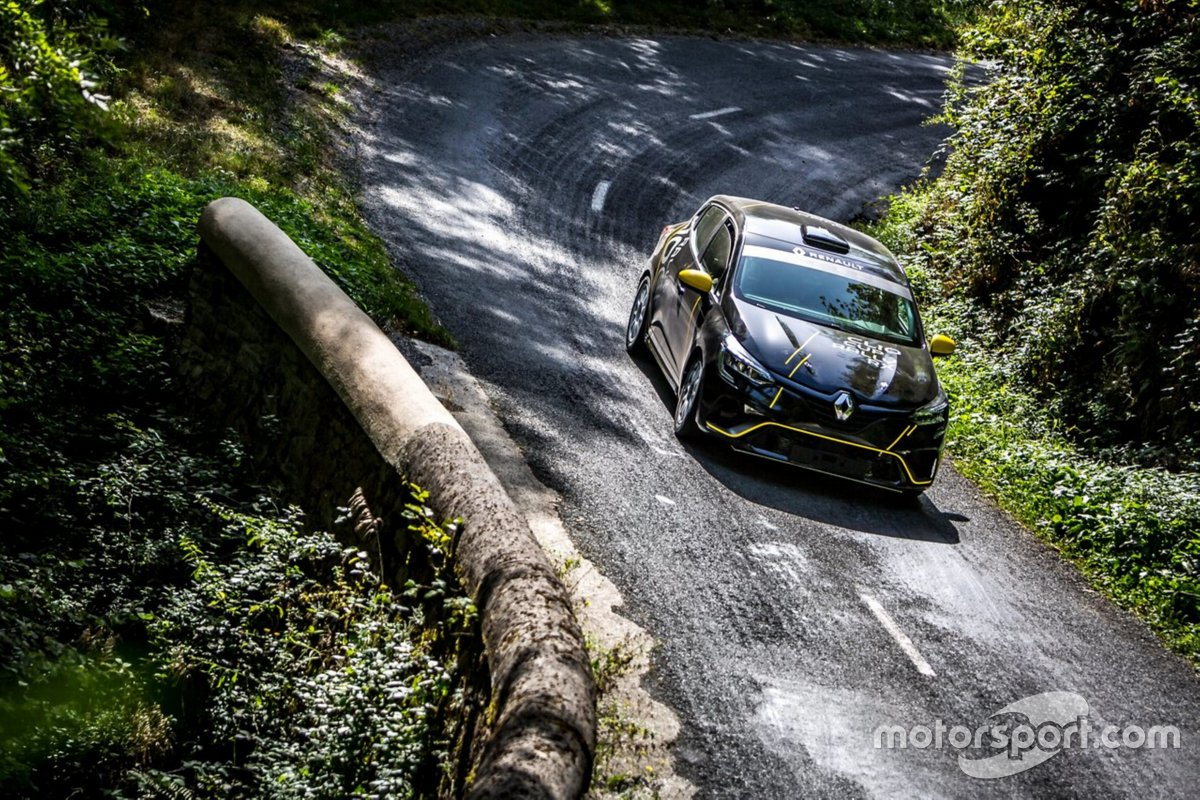 Renault Clio RS Rally5