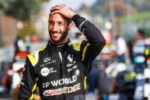 Daniel Ricciardo, Renault F1, 3rd position, smiles on arrival in Parc Ferme