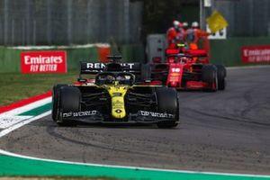 Daniel Ricciardo, Renault F1 Team R.S.20, Charles Leclerc, Ferrari SF1000, and Alex Albon, Red Bull Racing RB16