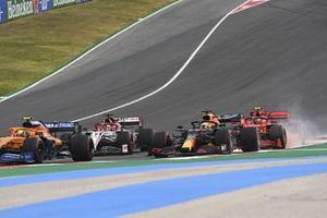 Lando Norris, McLaren MCL35, Kimi Raikkonen, Alfa Romeo Racing C39, Max Verstappen, Red Bull Racing RB16, en Charles Leclerc, Ferrari SF1000