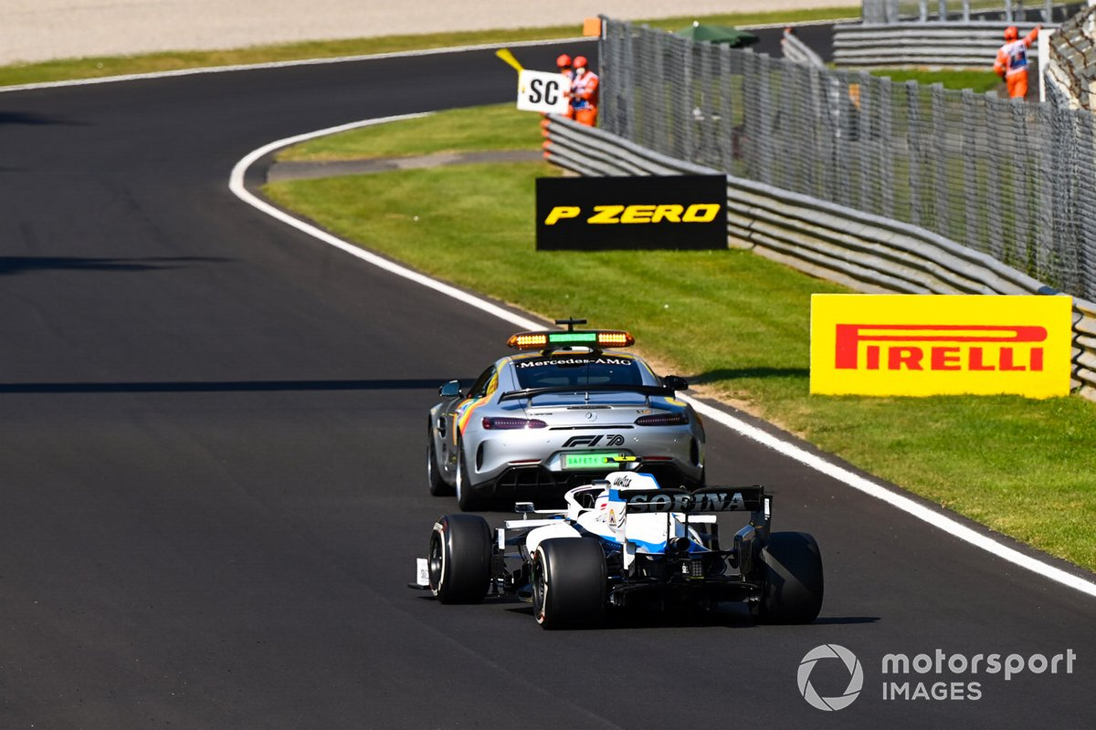 El Safety Car y Nicholas Latifi, Williams FW43