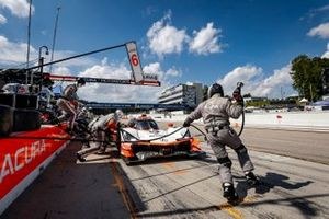 Arrêt au stand #6 Acura Team Penske Acura DPi, DPi: Juan Pablo Montoya, Dane Cameron