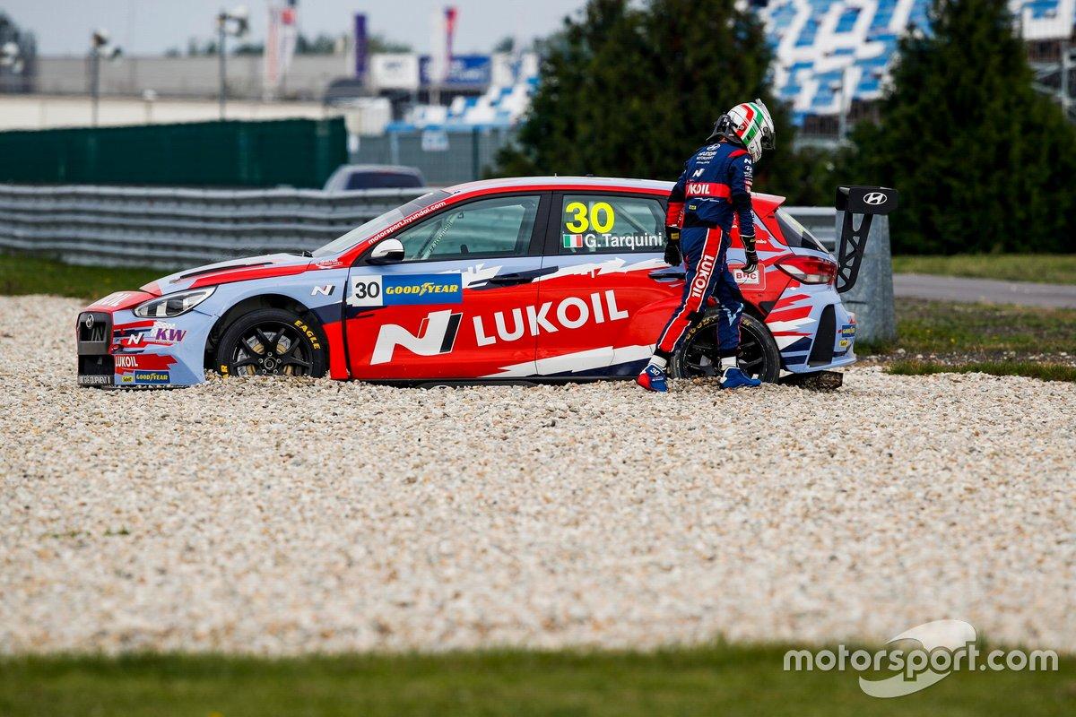 Gabriele Tarquini, BRC Hyundai N LUKOIL Squadra Corse Hyundai i30 N TCR in the gravel