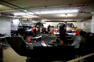 Rob Huff, Sébastien Loeb Racing Volkswagen Golf GTI TCR, Mehdi Bennani, Sébastien Loeb Racing Volkswagen Golf GTI TCR