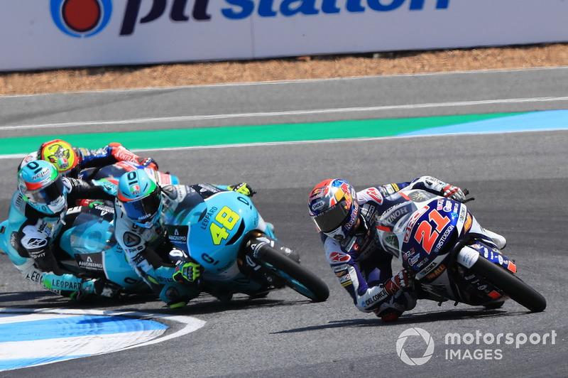 Fabio Di Giannantonio, Del Conca Gresini Racing Moto3 precede, Enea Bastianini, Leopard Racing e Marco Bezzecchi, Prustel GP