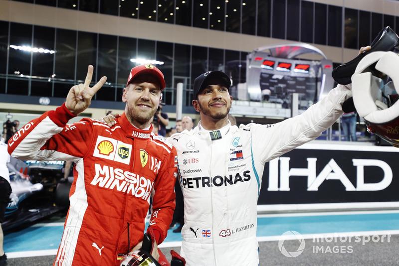 Sebastian Vettel, Ferrari, y Lewis Hamilton, Mercedes AMG F1