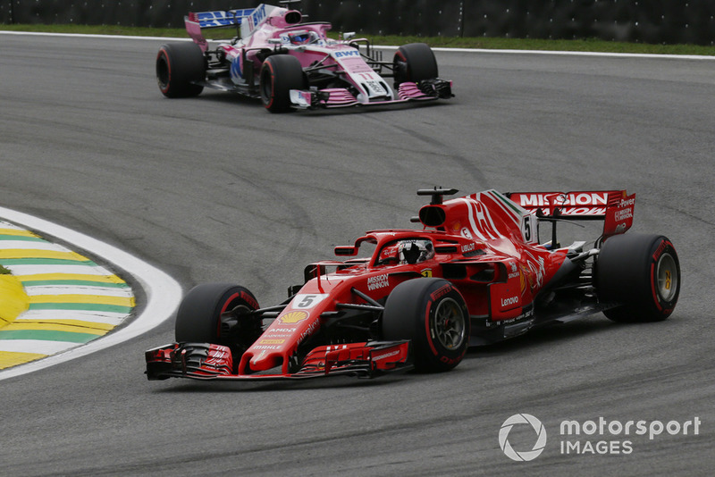 Sebastian Vettel, Ferrari SF71H, Sergio Perez, Racing Point Force India VJM11