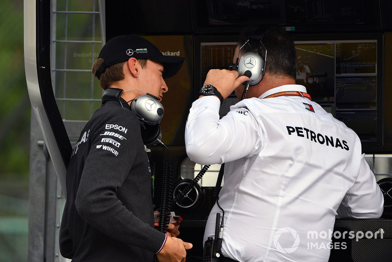 Джордж Расселл, Mercedes AMG F1, командний менеджер Mercedes AMG F1 Рон Мідоуз