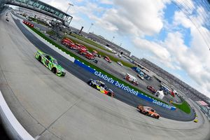 Kevin Harvick, Stewart-Haas Racing, Ford Fusion Busch Outdoors, Alex Bowman, Hendrick Motorsports, Chevrolet Camaro Axalta and Kyle Busch, Joe Gibbs Racing, Toyota Camry Interstate Batteries