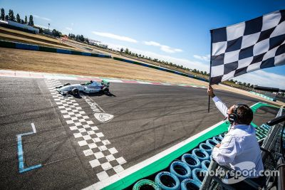 Fransa F4: Magny-Cours