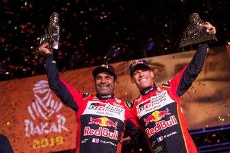 Podium: #301 Toyota Gazoo Racing Toyota Hilux: Nasser Al-Attiyah, Matthieu Baumel