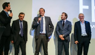 Serge Saulnier, Director de Circuit Magny-Cours, Bertrand Decoster, CEO de Mygale, Patrick Lemarie, co-fundador de Feed racing, Jacques Villeneuve, co-fundador de Feed racing