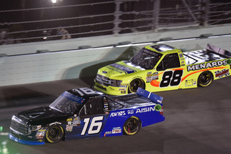 Brett Moffitt, Hattori Racing Enterprises, Toyota Tundra AISIN Group and Matt Crafton, ThorSport Racing, Ford F-150 Ideal Door/Menards