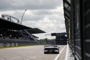 Race winner Alex Albon, AF Corse Ferrari 488 GT3 Evo