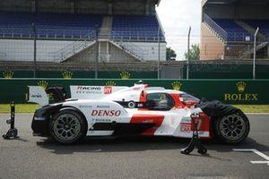 #7 Toyota Gazoo Racing Toyota GR010 - Hybrid Hypercar de Mike Conway, Kamui Kobayashi, Jose Maria Lopez