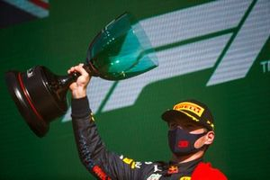 Max Verstappen, Red Bull Racing, 1st position, lifts the winners trophy