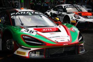 #38 JOTA McLaren 720 S GT3: Oliver Wilkinson, Ben Barnicoat, Rob Bell, Oliver Wilkinson