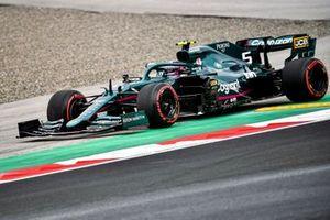 Sebastian Vettel, Aston Martin AMR21, runs wide