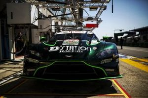 #777 D'Station Racing Aston Martin Vantage AMR LMGTE Am of Satoshi Hoshino, Tomonobu Fujii, Andrew Watson