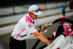 Scott McLaughlin, membro dell'equipaggio del Team Penske Chevrolet Ben Maser