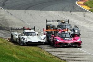 #01 Chip Ganassi Racing Cadillac DPi: Renger van der Zande, Kevin Magnussen, #60 Meyer Shank Racing w/Curb-Agajanian Acura DPi: Olivier Pla, Dane Cameron
