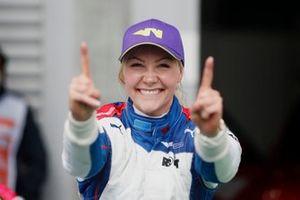 Ganadora Emma Kimilainen, en Parc Ferme