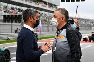 Michael Masi, Race Director, FIA, with Mario Isola, Racing Manager, Pirelli Motorsport, on the grid