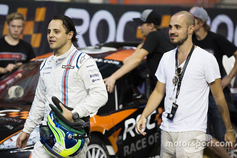 Felipe Massa con su hermano Dudo