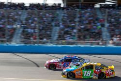 Kyle Busch, Joe Gibbs Racing, Toyota; A.J. Allmendinger, JTG Daugherty Racing, Chevrolet
