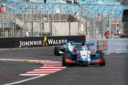 Presley Martono, Mark Burdett Motorsport, memimpin Julia Pankiewicz, Mark Burdett Motorsport