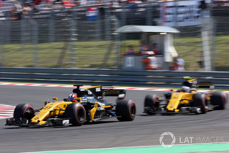Hulkenberg the dominant force at Renault
