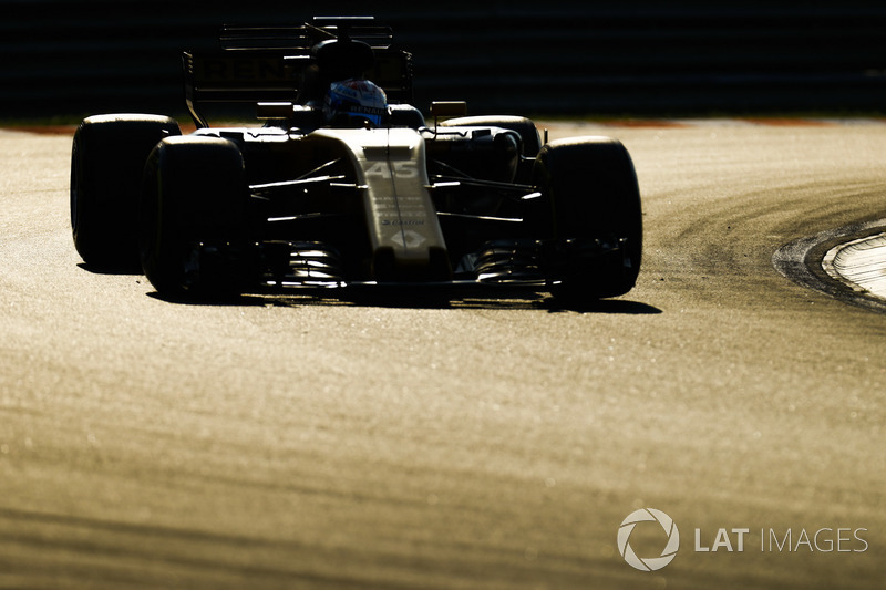 Nicholas Latifi, Renault Sport F1 Team RS1