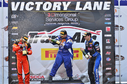 #87 TA2 Chevrolet Camaro, Rafael Matos, HP Tech Motorsports, #34 TA2 Ford Mustang, Tony Buffomante,