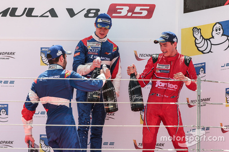 Podium: le vainqueur Egor Orudzhev, SMP Racing by AVF, le deuxième Matevos Isaakyan, SMP Racing by AVF, le troisième Alfonso Celis Jr., Fortec Motorsports