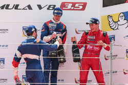Podium: race winner Egor Orudzhev, SMP Racing by AVF, second place Matevos Isaakyan, SMP Racing by AVF, third place Alfonso Celis Jr., Fortec Motorsports